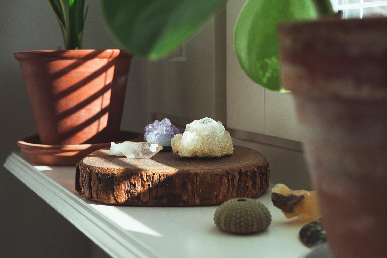 Versatile wardrobe with Ecosphere - Spring sunshine on crystals