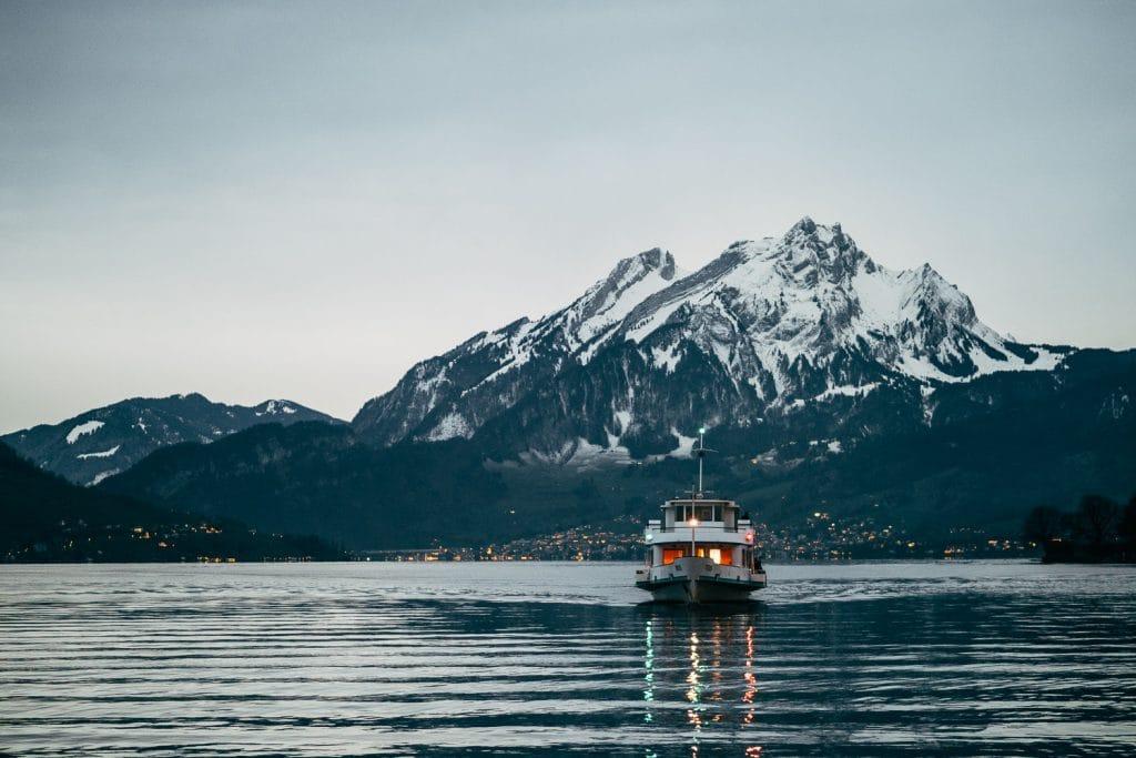 boat from Lucerne to Vitznau