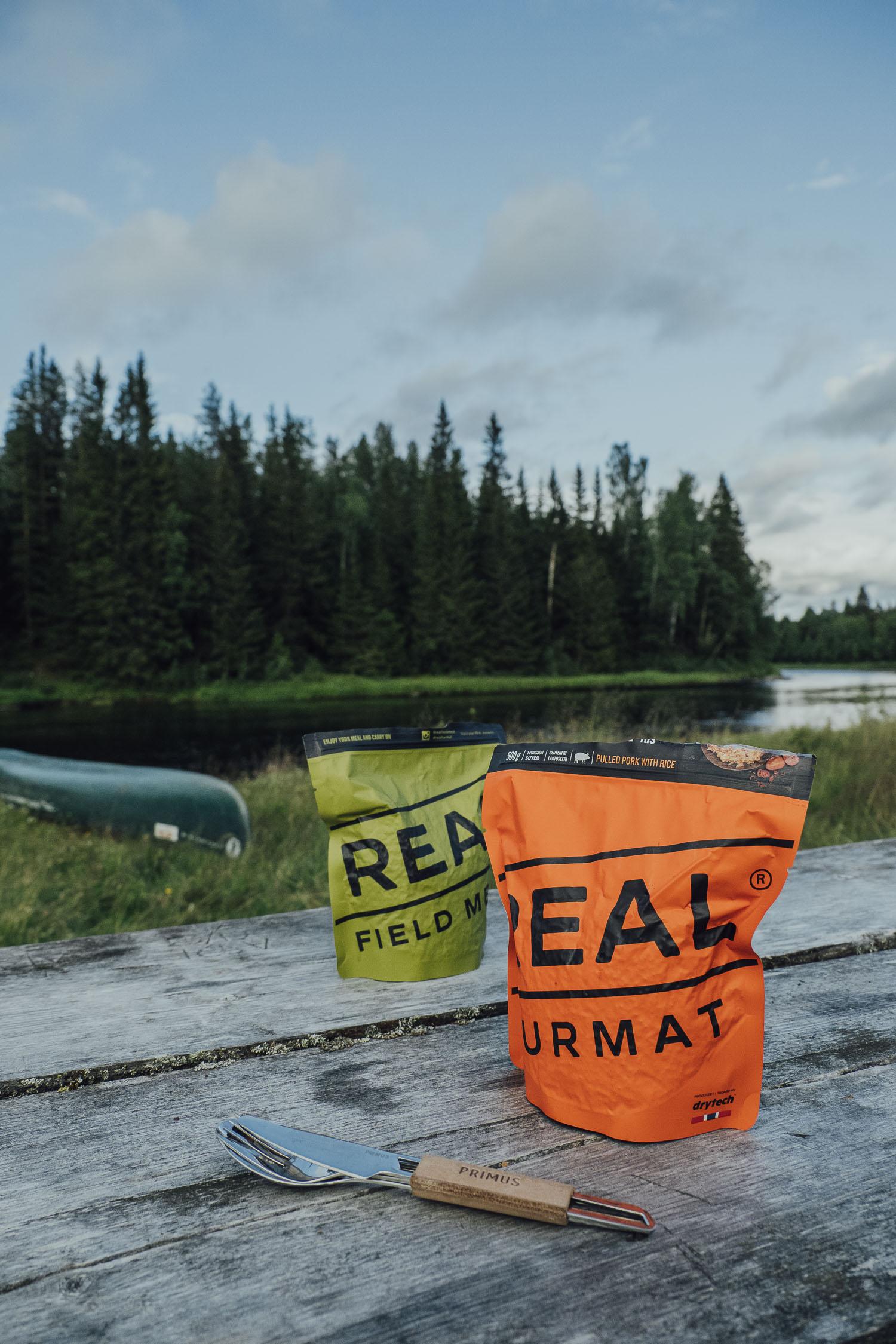 Real turmat canoe dinner